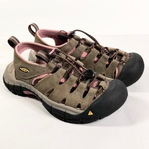 Keen Mauve Pink and Tan Outdoor Sandal Size 6
